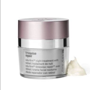 TimeWise Repair™ Night Treatment With Retinol